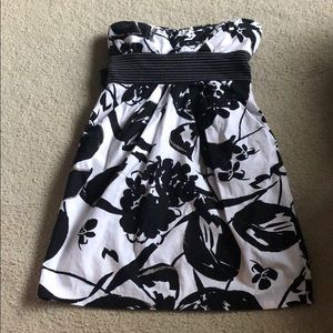 Speechless size 3 strapless dress good condition
